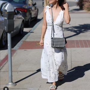 Beautiful dress-perfect for summer